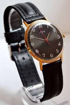 Men's Black Watch Vintage Collectibles USSR #Luch #Luxury #Gold #watch #gifthim #forhim #vintage #fathersday