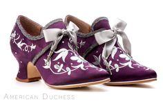 "American Duchess ""Martha Washington"" 18th century shoes made for Whoopi Goldberg.  Find similar ""Pompadour"" 18th century shoes at http://www.american-duchess.com/shoes-18th-century"