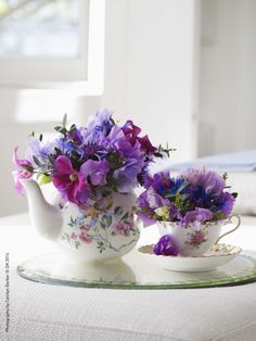 Simple Flower Arranging- Available now: http://ow.ly/t9j5u