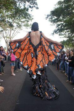 Desfile realizado no dia 23/05/2013 no campus do Centro Universitário Moura Lacerda em comemoração as 90 anos da instituição. Inspirado nas borboletas Monarcas.