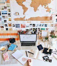 38 Ideas desk organization student study for 2019 Study Areas, Study Space, Study Desk, Work Desk, Desk Office, Desk Space, Office Furniture, Desk Organisation Student, Desk Organization