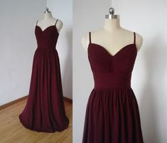 Spaghettiträger Burgund Chiffon Long Bridesmaid Dress The dress can be made-to-order. Please tell me Country Style Bridesmaid Dresses, Grape Bridesmaid Dresses, Maroon Prom Dress, Burgundy Bridesmaid Dresses Long, Dresses Elegant, Pretty Dresses, Cheap Dresses, Formal Dresses, Formal Prom
