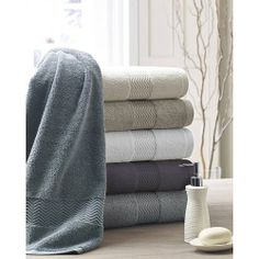 Kassatex® Chenille Towels are made in Turkey of Combed Long Staple Turkish Cotton. Plush and enduring softness combines with a stylish border exhibiting a modern chevron detail. These towels have an look of elegance and touch of Luxury. Bath Linens, Bath Rugs, Bath Towels, Monogram Towels, Terry Towel, Hotel Interiors, Luxury Bath, Turkish Towels, Fine Linens