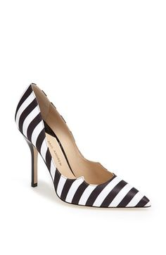 Black + white striped pumps? Yes, please!