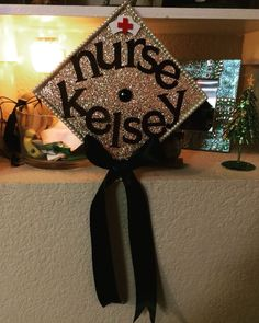 Nurse graduation cap minus the bow Nursing School Graduation, Nursing School Tips, Graduate School, Grad Cap, Graduation Caps, Graduation Ideas, Lpn Schools, Nurse Party, Graduation Cap Decoration