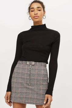 c7e968894 Carousel Image 0 Checked Skirt Outfit, Long Skirt Outfits, Midi Skirt  Outfit, Winter