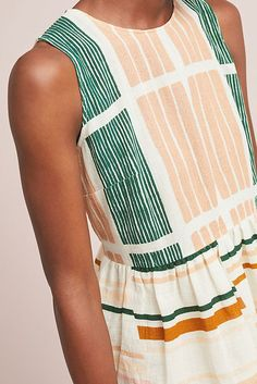 Summer Fashion Tips .Summer Fashion Tips Fashion Tips For Women, Latest Fashion Trends, Trending Fashion, Madame, Clothing Patterns, Plus Size Fashion, Petite Fashion, Fashion Dresses, Jeans Fashion