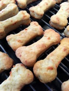 Laidback Lifestyle: Homemade Dog Biscuits