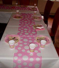 deko f r restaurant und gastst tte geburtstagsfeier deko zum geburtstag mit luftballons. Black Bedroom Furniture Sets. Home Design Ideas