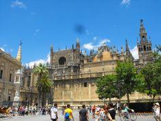 #Sevilla capital - Catedral GPS 37.385000, -5.991944  La tercera más grande del mundo de la religión católica y en cuanto a planta, es una enciclopedia de historia. Sobre su basamento romano, se irguió un templo visigótico. De éste hoy sólo queda la fuente del Patio de los Naranjos, que a su vez resulta herencia, junto con la Giralda, de la mezquita árabe que sobre el mencionado templo visigótico se construyó en época de dominación árabe.
