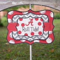 Love this chevron burlap sign! #Alabama