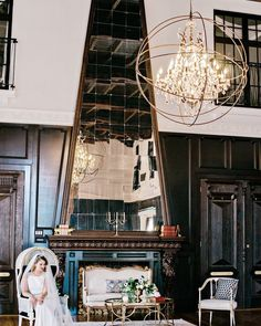 Vintage inspired lounge details by @sundrop_vintage were the perfect compliment to the Grand Ballroom. || Coordinator: @poshitivelyperfectevents | Photography: @andiefreemanphotography | Venue: @ebelloflb | Florals: @flowersbyladybuggs | Stationery: @jasminmichelledesigns | Linens: @luxe_linen | Rentals: @classicparty | Lounge: @sundrop_vintage | Cake: @_lovecakes_ | Hair & Makeup: @swellbeauty | Bridal Salon: @marymebridal | Bridal Styling: @lifeofabridalstylist