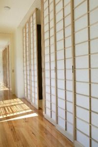 Japanese room dividers – Shoji style decorating — tips, tricks and inspiration on home and living. Shoji Screen, Home, Innovation Design, Japanese Room Divider, House, Room Divider Doors, Minimalist Interior, Japanese Sliding Doors, Barn Doors Sliding
