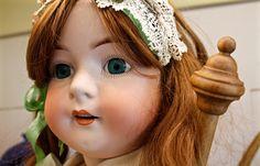 Poupées et Dentelles Museum : Antique Doll Collection for sale Antique Dolls, Crown, Drop Earrings, Collection, Antiques, German, Jewelry, Fashion, Marseille