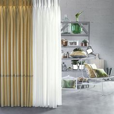 Het effect van een dubbele #curtains #gordijnen plooi!http://www.ahouseofhappiness.com/nl/mogelijkheden-gordijnen