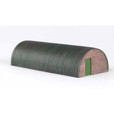 Bachmann Trains Thomas and Friends Corrugated Hut Resin Building Scenery Item, HO Scale, Multicolor