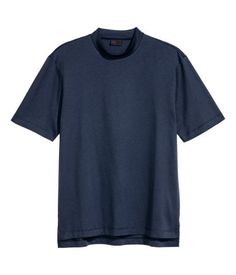 Dark blue. PREMIUM QUALITY. T-shirt in pima cotton and mulberry silk with