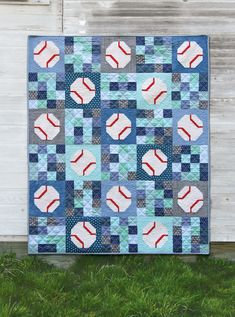 Batter Up Quilt Pattern, baseball quilt Football Quilt, Baseball Quilt, Baseball Jerseys, Antique Quilts, Vintage Quilts, Quilting Tips, Machine Quilting, Modern Quilting, Quilt Modern