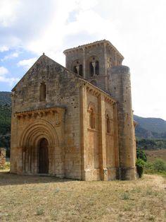 Hermitage of San Pedro de Tejada in Burgos - Castile and León, Spain Romanesque Art, Romanesque Architecture, Sacred Architecture, Beautiful Architecture, Spain Country, Architecture Romane, Architecture Religieuse, Carolingian, Chapelle