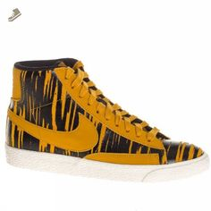 new product d5409 1cc7e Nike Trainers Womens Wmns Blazer Mid Suede Print 9 US - Nike sneakers for  women ( Amazon Partner-Link)