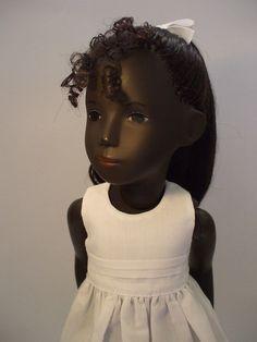 Tamara, a Sasha Doll Cora re-root by Jackie Rydstrom Sasha Doll, African American Dolls, High Ponytails, Long Wavy Hair, Doll Hair, Vintage Dolls, Antique Dolls, Doll Crafts, Fabric Dolls