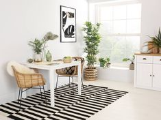Milton Square White Dining Table and 4 Windsor Chairs Set Square Dining Room Table, White Dining Table, Square Tables, 2018 Interior Trends, Zen Room, White Decor, Decor Interior Design, Living Room Furniture, Windsor Chairs