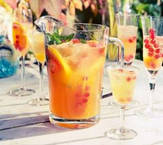 sangria de cava by barcelona eat local food tours