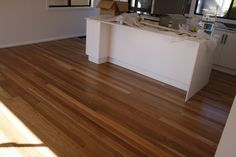 Look at this intersting thing - what a clever innovation Spotted Gum Flooring, Hardwood Floors, Windows, Ceilings, Innovation, Clever, Kitchens, House Ideas, Stairs