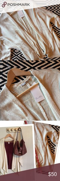 Zara knit beige cardigan NWT. Zara knit beige cardigan. Size 28/ M. 100% acrylic. Perfect for fall and winter! Zara Sweaters Cardigans