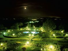 Swimming pool under the moon. Prestige Italy - via http://bit.ly/epinner