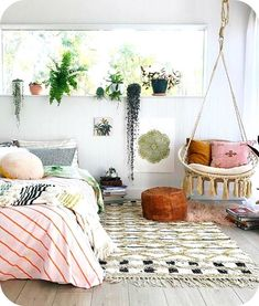12 ways to create a cozy bedroom space with ideas from 12 different stunning bedrooms!