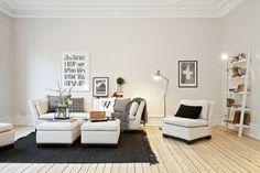 suelo de madera de pino sillas eames sillas de diseño rodapies altos muebles de diseño escandinavo muebles de diseño molduras en el techo de...