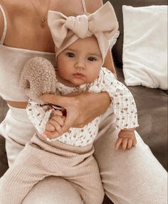 Stylish Baby Girls, Cute Baby Girl Outfits, Baby Outfits Newborn, Cute Baby Clothes, Newborn Boys, Cute Little Baby, Little Babies, Baby Love, Cute Babies