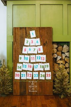Give your family something to look forward to each day with the String Art Advent Calendar. The holiday season always seems to fly past, but an advent calender allows you to pause for a second and soak in the Christmas spirit. Make An Advent Calendar, Homemade Advent Calendars, Holiday Calender, Handmade Christmas, Christmas Holidays, Christmas Crafts, Happy Holidays, Merry Christmas, Xmas