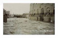 Floods in Port Elizabeth in 1908 - Baakens Valley Old Port, Port Elizabeth, Fast Cars, Vintage Cars, South Africa, Taj Mahal, Past, Hunting, History