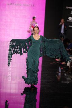 Fotografías Moda Flamenca - Simof 2014 - Amparo Maciá 'Autentica' Simof 2014 - Foto 16 Flamenco Costume, Dance Music, Dot Dress, Runway, Costumes, Elegant, Sexy, Model, How To Wear