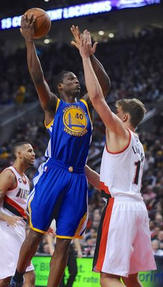 Description of . Golden State Warriors' Harrison Barnes (40) shoots against Portland Trail Blazers' Meyers Leonard (11) during the first half of an NBA basketball game in Portland, Ore., Tuesday, March 24, 2015. (AP Photo/Greg Wahl-Stephens) 2015 Nba Champions, Harrison Barnes, Splash Brothers, Portland Trailblazers, Unc Tarheels, Nba Stars, Trail Blazers, Home Team, Nba Players