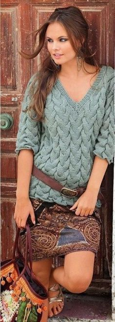 Шикарный пуловер узором «Косы» Я, как любитель разных косичек, не смогла пройти мимо этой красоты! Только посмотрите, как шикарно, объемно, богато, стильно выглядит работа. Восхищаюсь и умиляюсь одновременно. Непременно что-то такое свяжу себе.