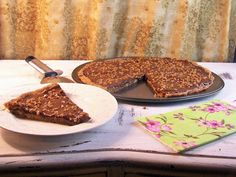 Toll House Cookie Pizza with Nutella Ganache and Skor Toppings