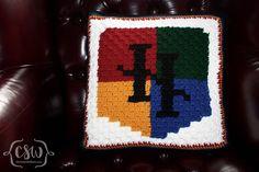 Harry Potter Hogwarts Crest Crochet Pillow - Pattern from Crafty Ridge