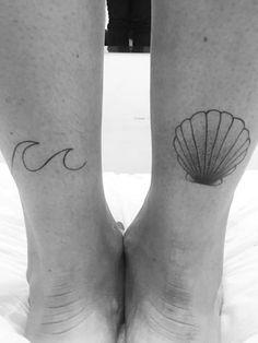 Wie eine Meerjungfrau: Eine Welle und eine Muschel