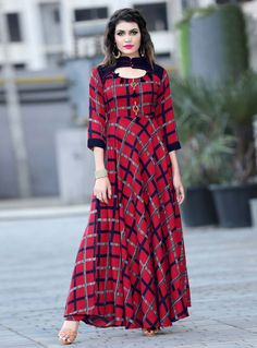 kurta designs for female Kurti Neck Designs, Blouse Designs, Latest Kurti Designs, Kurta Designs For Female, Simple Gown Design, Party Kleidung, Simple Gowns, Party Wear Kurtis, Printed Gowns
