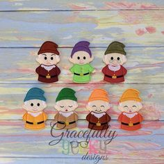 dwarfs, snow white finger puppets/ farm busy book/ sample sale / busy bag / busy book / quiet book / felt toys / eco toys / finger puppets