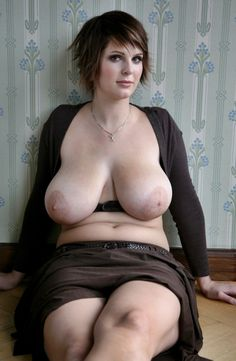Little chubby tempo paradise SEXY BABES