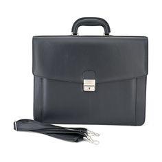 Viel Stauraum und edel ist diese Aktentasche. #aktentasche#notebook#koffer#männer#trend# Nylons, Bags, Fashion, Closet Storage, Suitcase, Artificial Leather, Shoulder, Handbags, Moda