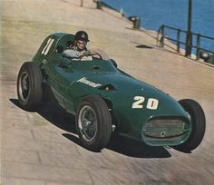 Tony Brooks in his Vanwall at Monaco in Brooks was vastly underrated. Maserati, Ferrari, Sports Car Racing, F1 Racing, Sidecar, Aston Martin, Le Mans, Classic Race Cars, Monaco Grand Prix
