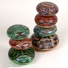 painted pebbles turtles river rock