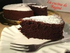 Torta+Nuvola+Nera con soli albumi Delicious Cookie Recipes, Sweets Recipes, Cake Recipes, Light Desserts, Great Desserts, Tortilla Sana, Sweet Light, Cheesecakes, Food Obsession