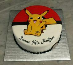 Pikachu cake Pokemon Birthday Cake, Pokemon Party, Pokemon Cakes, Pikachu Cake, Cake Shapes, Cakes For Boys, Boy Birthday Parties, Cute Cakes, Cake Creations