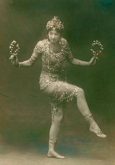 Ruth in 1908